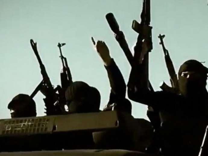 4 İŞİD-çinin başı kəsilib