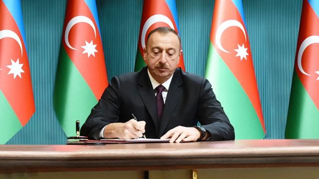 Prezident deputat Fəttah Heydərovun vəfat ilə əlaqədar nekroloq imzaladı –