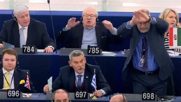 Avropa Parlamentində qalmaqal