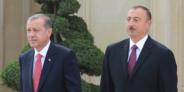 Cumhurbaşkanı Recep Tayyip Erdoğan, resmi temaslarda bulunmak üzere geldiği Azerbaycan'ın başkenti Bakü'de, Azerbaycan Cumhurbaşkanı İlham Aliyev tarafından resmi törenle karşılandı. (Halil Sağırkaya - Anadolu Ajansı)