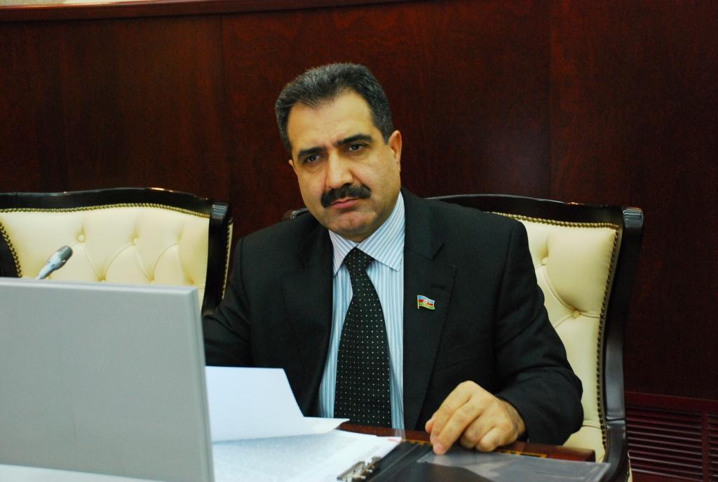 Milli Dirçəliş Hərəkatı Partiyasının sədri, deputat Fərəc Quliyev ile ilgili görsel sonucu
