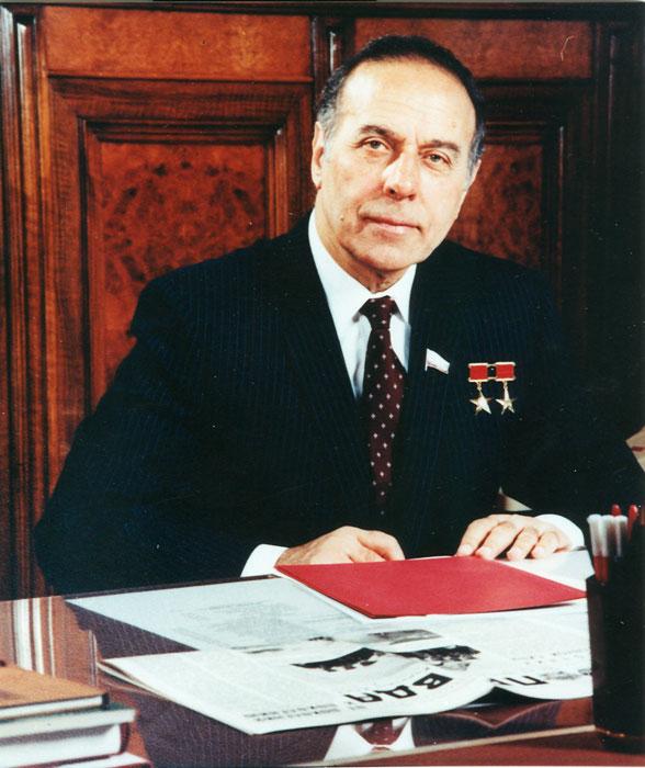 heydaraliyev-1984