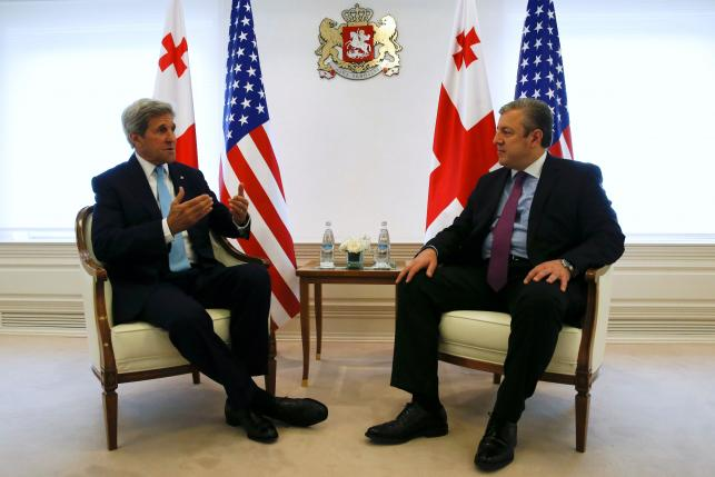U.S. Secretary of State John Kerry meets with Georgia's Prime Minister Georgy Kvirikashvili in Tbilisi, Georgia July 6, 2016. REUTERS/David Mdzinarishvili