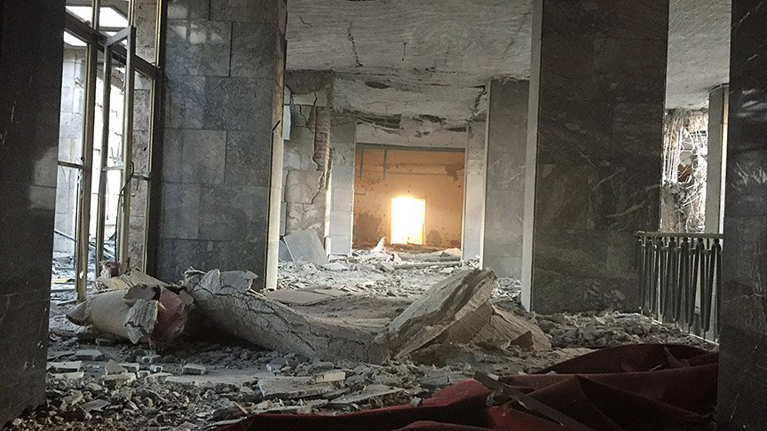 parlament-bomba