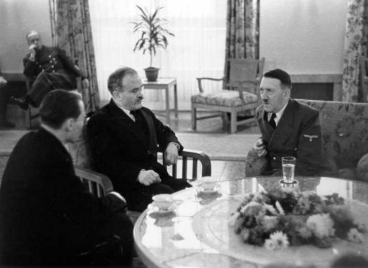 hitler-molotov-yemek