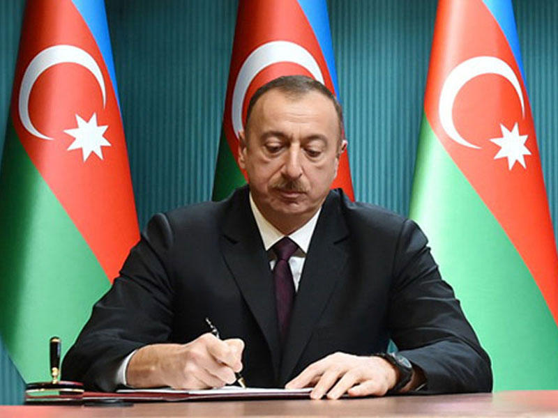 Prezident bir qrup sahibkarla bağlı sərəncam imzaladı - SİYAHI