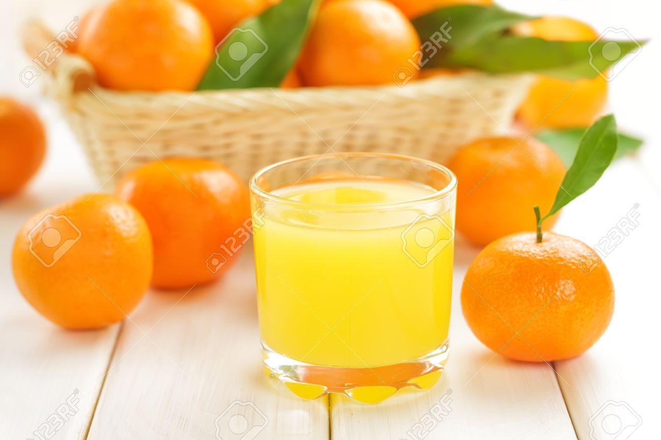 17894430-Tangerine-juice-Stock-Photo