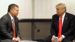 """A handout picture released by the Jordanian Royal Palace shows Jordanian King Abdullah II (L) meeting with US President Donald Trump in Washington on February 2, 2017.  / AFP PHOTO / Jordanian Royal Palace / Yousef ALLAN / RESTRICTED TO EDITORIAL USE - MANDATORY CREDIT """"AFP PHOTO / YOUSEF ALLAN / JORDANIAN ROYAL PALACE"""" - NO MARKETING - NO ADVERTISING CAMPAIGNS - DISTRIBUTED AS A SERVICE TO CLIENTS"""