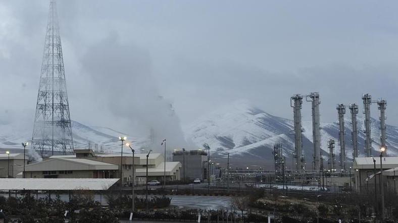 صورة أرشيفية حصلت عليها رويترز لمفاعل آراك للماء الثقيل جنوب غرب طهران.