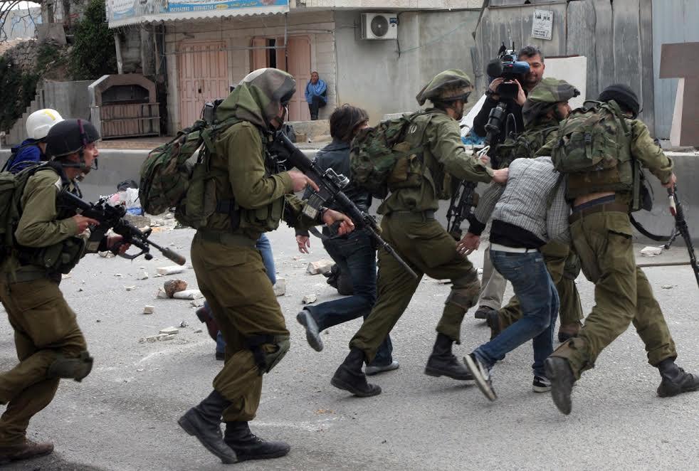İsrail hərbçiləri bir fələstinlini güllələyərək öldürdü
