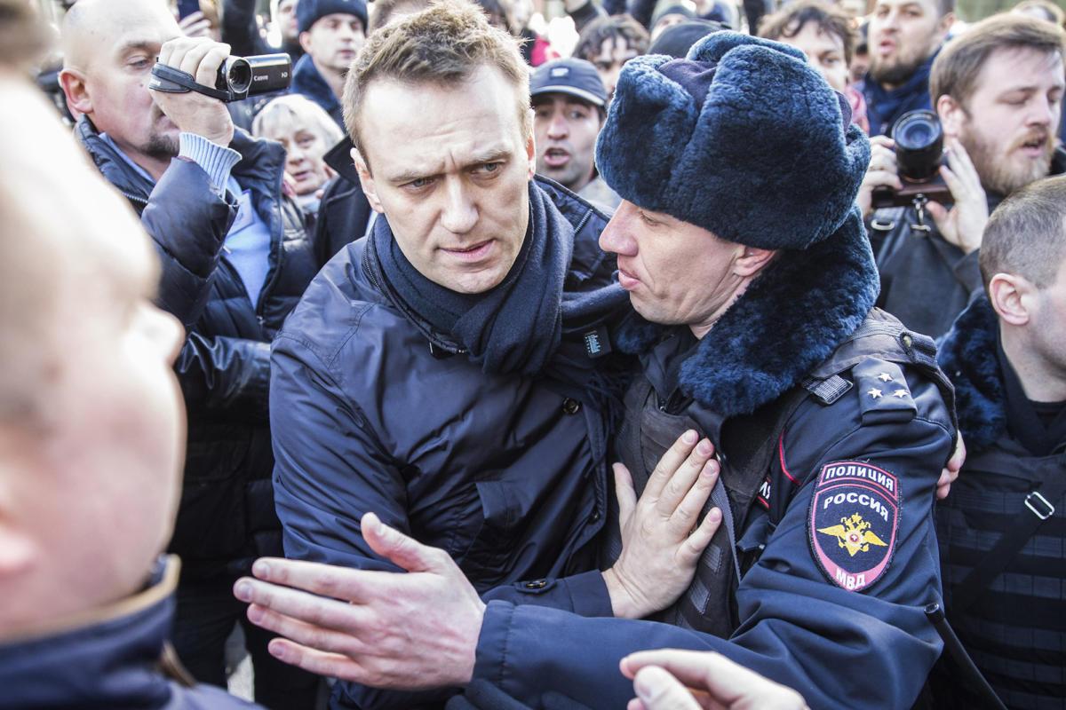 Aleksey Navalnı yenə həbs olundu –