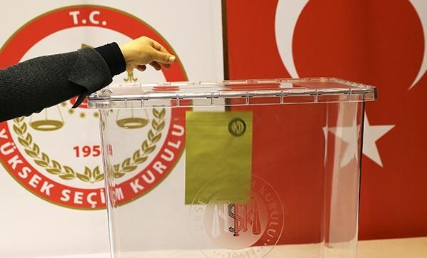 Türkiyədə referendum keçirilir -