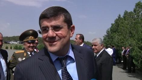 Qarabağdakı separatçı rejim dağılır –Etiraz aksiyalarından sonra istefalar başladı