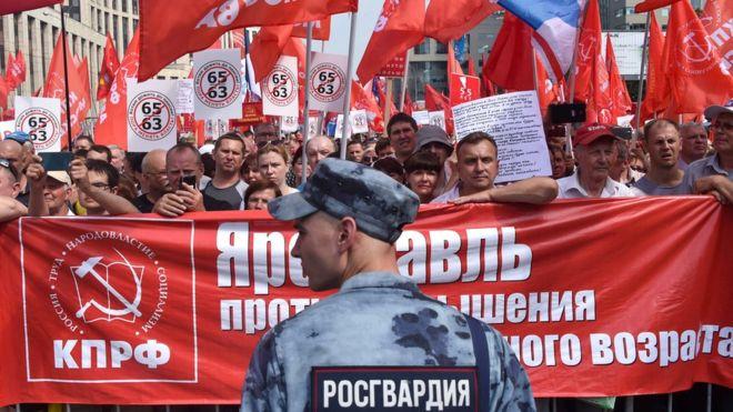 Rusiyada kütləvi etirazlar başladı