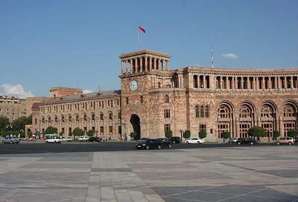 Ermənistanda daha 127 nəfərdə koronavirus aşkarlanıb