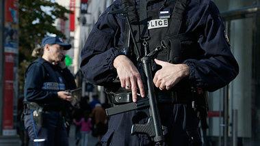 Fransada atışma baş verib –Yaralı var