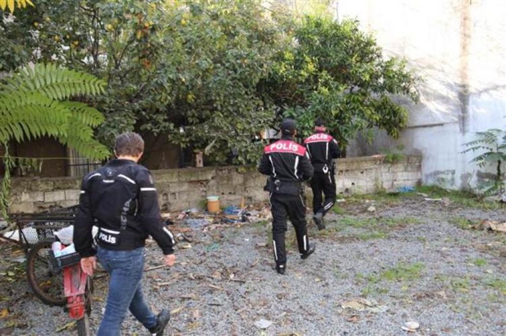 Türkiyə polisi 81 bölgədə əməliyyat keçirdi