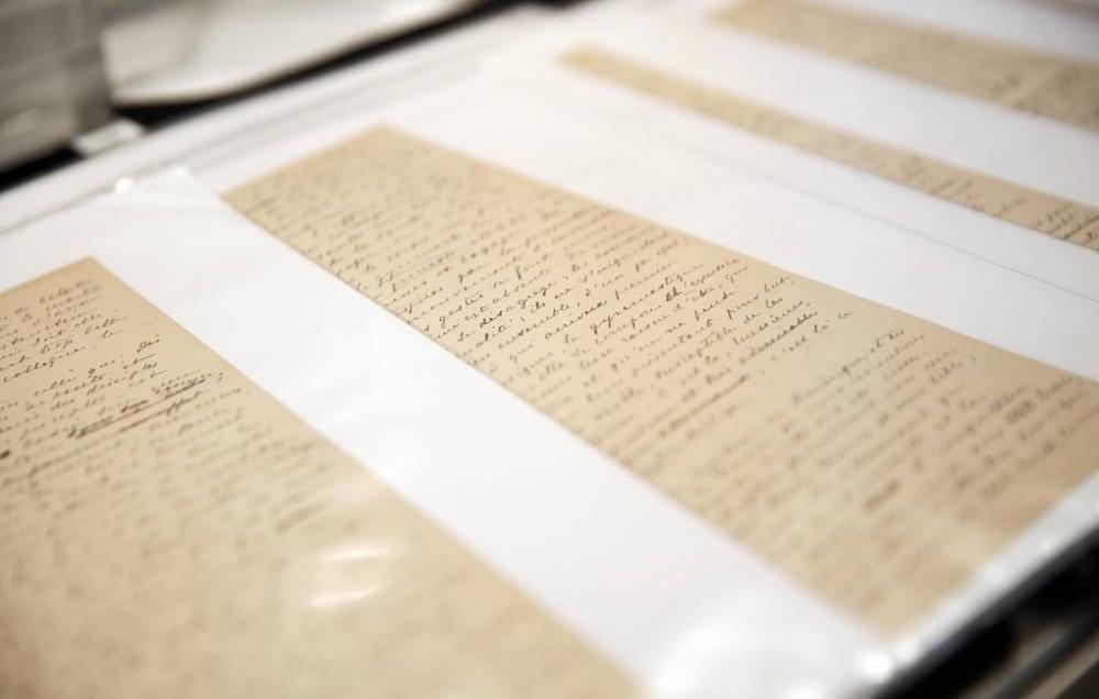 Rusiyalı milyarder qiymətli əlyazmanı Olimpiya muzeyinə bağışladı-