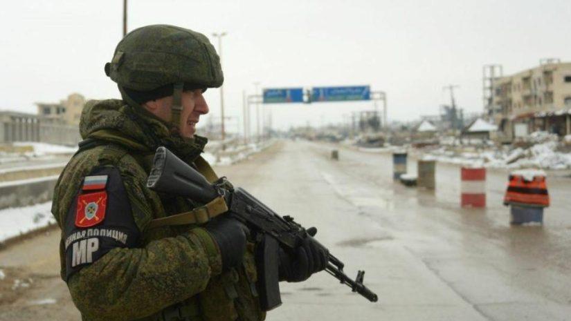 Suriya yollarında rus patrulu: