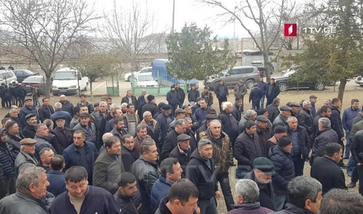 – Gürcüstanda azərbaycanlılar yaşayan kənddə etiraz aksiyası keçirilib