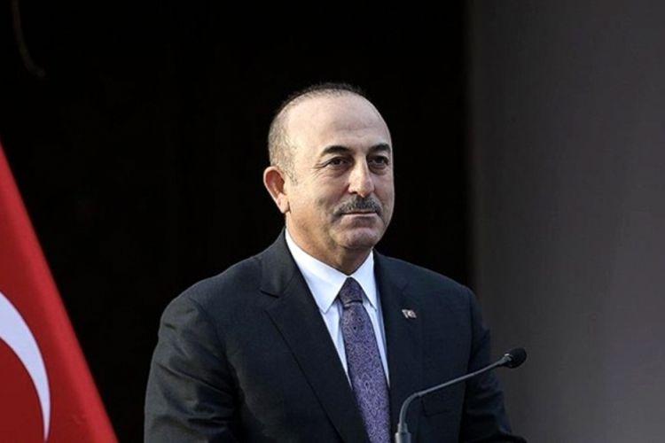 Türkiyə XİN başçısı Azərbaycan səfirliyini ziyarət edib-