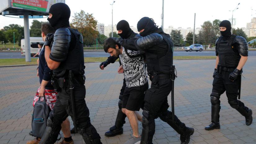 Rusiya hərbçiləri Lukaşenkoya kömək edirmi? –
