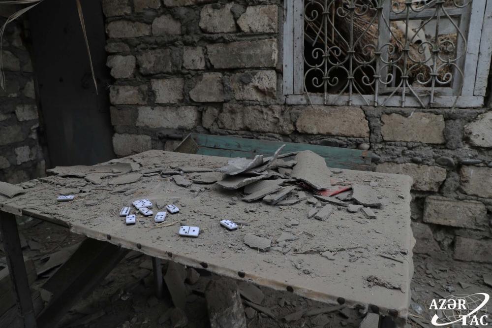 Ermənistan evləri atəşə tutmaqda davam edir: -